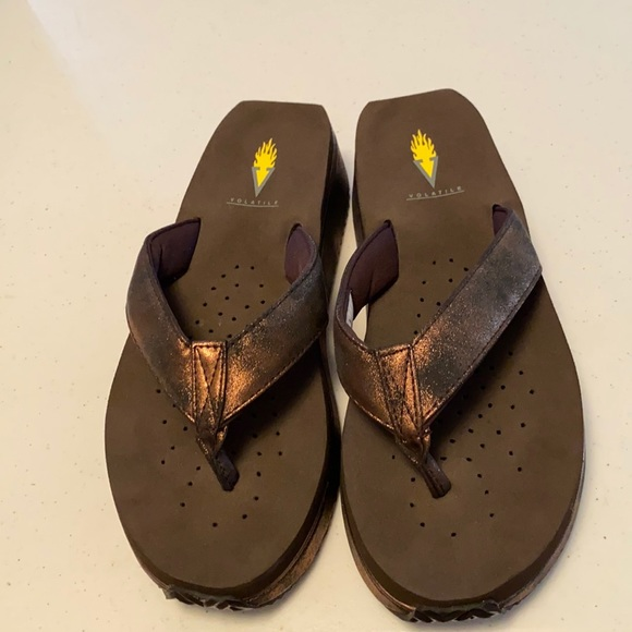 Brand new without tags Volatile size 9